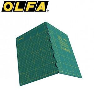 【芥菜籽文具】//OLFA// 摺疊式切割墊FCM-A3 (綠色)