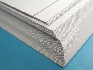 【芥菜籽文具】厚紙板300磅 A4 (100張/包)